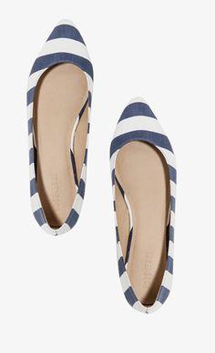 < Striped Flats >