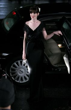 Anne Hathaway Black Dress / long evening gown about.me/nattaleyotto