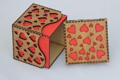 Sweetheart Box For That Special Someone Love Hearts Make - Sweetheart Box For That Special Someone Love Hearts Make This A Unique Little Box Sweetheart Box For That Special Someone Laser Cut Box Laser Cutting Laser Cut Plywood Gravure Laser Laser Cutt Laser Cut Box, Laser Cutting, Saint Valentine, Valentines, Atelier Creation, Laser Art, Laser Laser, Gravure Laser, Laser Cut Plywood