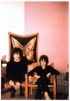 Syd with Lindsay Korner in Andrew King's Richmond flat, 1967