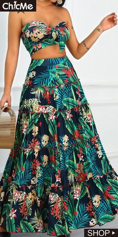 Swans Style is the top online fashion store for women. Shop sexy club dresses, jeans, shoes, bodysuits, skirts and more. Maxi Skirt Crop Top, Dress Skirt, Skirt Set, Skirt And Top Set, Skirt Outfits, Chic Outfits, Tropical Outfit, Curvy Outfits, African Dress