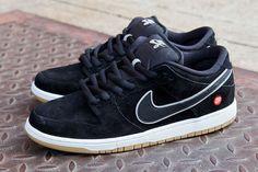 QUARTERSNACKS x NIKE SB DUNK LOW PREMIUM | Sneaker Freaker