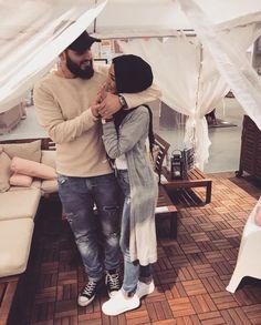 PINNED BY @MUSKAZJAHAN - Couples Musulmans, Cute Muslim Couples, Couples Images, Muslim Girls, Cute Couples Goals, Couple Goals, Muslim Brides, Couple Style, Best Couple