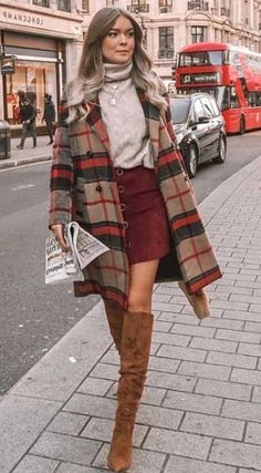 winter outfits formales Stylish Fall Outfits t - winteroutfits Stylish Winter Outfits, Spring Fashion Casual, Casual Work Outfits, Winter Fashion Outfits, Mode Outfits, Fall Winter Outfits, Look Fashion, Autumn Winter Fashion, Casual Fall