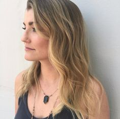Buttery blonde Balayage on shoulder length lob haircut blonde highlights blonde hair summer hair color hair done at a hair salon in downtown Medford southern Oregon Cielo salon