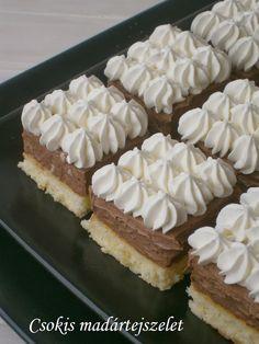 Csokoládés madártejszelet 🍴 Hungarian Desserts, Hungarian Recipes, Cake & Co, Cake Cookies, Easy Desserts, Sweet Recipes, Cookie Recipes, Bakery, Food And Drink
