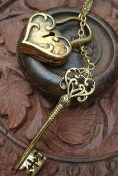 Keys & Locks: Heart lock and key. Antique Keys, Vintage Keys, Under Lock And Key, Key Lock, I Love Heart, Key To My Heart, Cles Antiques, Yoga Studio Design, Bronze