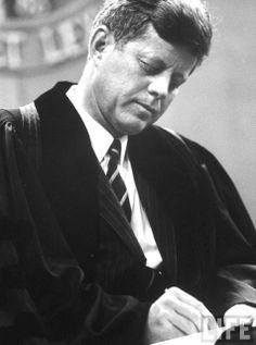 Pres. John F. Kennedy, at North Dakota University. Location:ND, US Date taken:September 1963❤