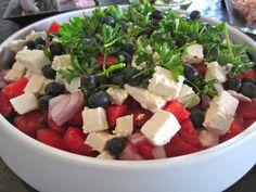 Vandmelonsalat Deli Food, Vegetarian Recipes, Healthy Recipes, Greens Recipe, Healthy Food Choices, Recipes From Heaven, Feta, Food Inspiration, Salad Recipes