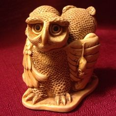 """~Hand Made~ Harmony Kingdom """"Wise Guys"""" Trinket Collectable"""
