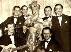 """Carmen Miranda e o Bando da Lua em Nova York (Show """"Streets of Paris"""" ,1939)"""