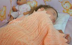 Плед в детскую кроватку спицами -  Модное вязание