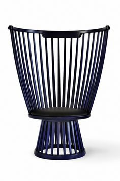 Buy Fan Lounge Chair from Tom Dixon. Fan is a modern take on the classical Windsor chair. Tom Dixon, Think Tank, High Back Chairs, Luxury Loft, Buy Chair, Seat Pads, Modern Chairs, Modern Lounge, Contemporary Design