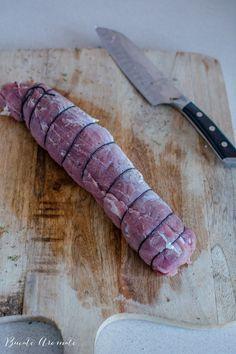 Mușchiuleț de porc la cuptor - cu cașcaval și legume | Bucate Aromate Pork