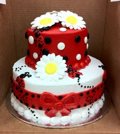 LADY BUG CAKE   @Misty Schroeder Schroeder Ballard ---- MY FAVE!!!!!  with a lady bug for smash cake :)