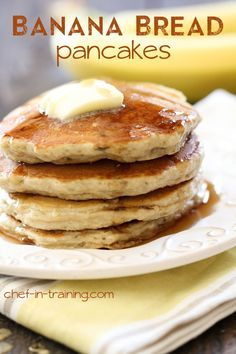 Banana Bread Pancakes on chef-in-training. Pancakes merge with Banana Bread to create something SO good! Breakfast And Brunch, Breakfast Dishes, Breakfast Recipes, Pancake Recipes, Breakfast Ideas, Pancake Ideas, Pancake Toppings, Breakfast Pancakes, Crepes