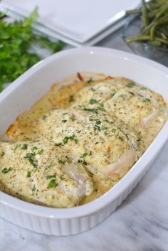 Sour Cream Chicken - One dish family dinner, so easy to make! Simple ingredients with lots of flavor. Sour Cream Chicken - One dish family dinner, so easy to make! Simple ingredients with lots of flavor. Cream Sauce For Chicken, Cream Cheese Chicken, Baked Chicken Recipes, Bonless Chicken Recipes, Keto Chicken, Chicken Seasoning, Food Dishes, Main Dishes, Potluck Dishes