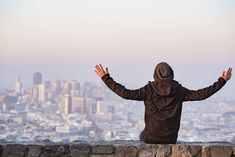 Man with Open Arms Saluting the San Francisco City Free Stock Photo Free Stock Photos, Royalty Free Photos, Free High Resolution Photos, San Francisco City, Eyes On The Prize, Open Arms, Types Of People, Napoleon Hill, Investing Money