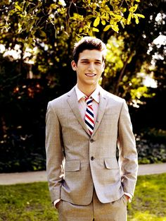 Daren Kagasoff... better known as Ricky from Secret Life (: