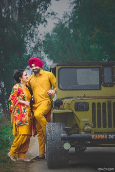 A Professional Photographer from Ludhiana Punjab INDIA. Specialize in Wedding, Pre-wedding Shoots, Engagement and Reception photography.