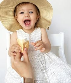 Summer lovin' ☀️#Netmumsloves 📷: @alenka_karpova Cute Baby Pictures, Future Daughter, Cute Babies, Flower Girl Dresses, Wedding Dresses, Children, Summer, Instagram, Fashion