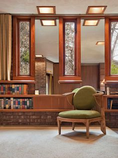 """Frank Lloyd Wright's """"Kenneth Laurent"""" House is currently up for auction. The residence is located in Rockford, Illinois and was especially designed by the architecture legend for a wheelchair bound veteran, during the years 1949 and 1952. The one-story house showcases a lovely ellipse shape and occupies an area of 2500 square meters."""