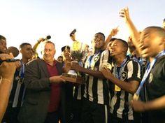 BotafogoDePrimeira: Nos pênaltis, Bota vence o Flamengo e é campeão ca...