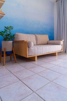 Veja o tutorial completo de como fazer esse sofá do Zero lá no canal 😍 Home Decor Furniture, Furniture Makeover, Cool Furniture, Furniture Ideas, Diy Sofa, Cheap Home Decor, Diy Home Decor, Sofa Bed Design, Bois Diy