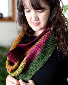 Family Tree Cowl: You choose colours base don your family member birthstones!