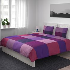 IKEA - BRUNKRISSLA, Duvet cover and pillowcase(s), lilac, Concealed snaps keep the duvet in place. Made in cotton - a natural and durable material that becomes softer with every wash. Includes: 1 King duvet cover and 2 King pillowcases. King Duvet, Queen Duvet, Bed Covers, Duvet Cover Sets, Purple Bedding, Home Bedroom, Bedrooms, Teak, Pillow Cases