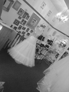 Brocades bridal studio