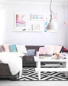 272 besten Wohnzimmer Bilder auf Pinterest in 2019 | Ceramic vase ...