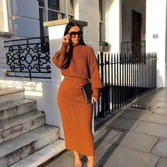 Here are some work outfit ideas for you to choose from Modest Outfits, Classy Outfits, Modest Fashion, Chic Outfits, Hijab Fashion, Fall Outfits, Fashion Outfits, Womens Fashion, Modest Wear