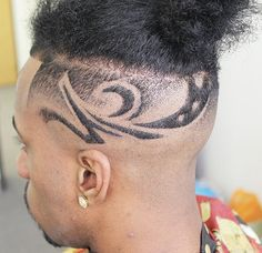 Mickey Da Barber is a master barber providing Luxury Barber Service to the Los Angeles community specializing in Fades, Designs and Custom Hair Unit. Hair Unit, Master Barber, By, Freestyle, Hair Designs, Hair Cuts, The Unit, Haircuts, Hair Style