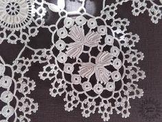 Irish Crochet, Crochet Motif, Crochet Doilies, Crochet Lace, Baby Knitting Patterns, Crochet Patterns, Point Lace, Crochet Tablecloth, Snowflake Pattern
