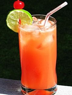 Reef Cup: Vodka, Rum, Triple Sec, Orange Juice, Pineapple Juice, Sprite, Grenadine