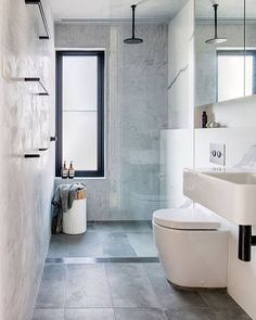 Bathroom inspiration from @alexander_andco #interiordesign #homedecor #interiordesigner