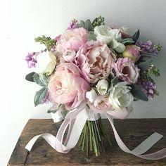 Planning A Fantastic Flower Wedding Bouquet – Bridezilla Flowers Peonies Bouquet, Pink Bouquet, Flower Bouquet Wedding, Floral Wedding, Wedding Colors, Boquet, Bride Flowers, Bride Bouquets, Beautiful Flowers