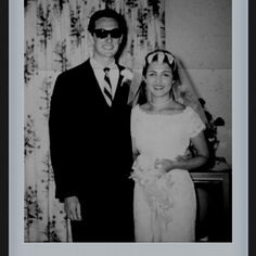 Buddy Holly & his bride Maria Elena. Buddy Holly, Back In The Day, Celebrity Weddings, Rock N Roll, Singers, 1950s, Pin Up, Bride, Couple Photos