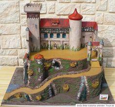 Antike Ritterburg Burg - Erzgebirge Masse - beschichtet von Lineol/Elastolin? Wooden Castle, Toy Castle, Castles, Toys, Ebay, Manor Houses, The Mansion, Antiquities, Activity Toys