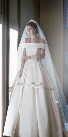 simple style off the shoulder wedding gowns 6