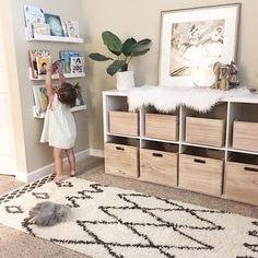 Cute And Simple Toy Rooms cute Simple Playroom Furniture, Playroom Decor, Playroom Ideas, Playroom Design, Baby Playroom, Bookshelves Kids, Bookshelf Diy, Playroom Organization, Organization Ideas