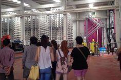 Los alumnos del curso de verano 'Viaje al interior de una infraestructura hidráulica', en la desalinizadora de San Pedro