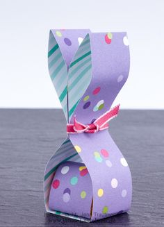 Video-Tutorial: Osterhasen-Goodie - DIY Gifts For Home Ideen Easter Gift, Easter Crafts, Easter Bunny, Slider Card, Birthday Gift Baskets, Candy Crafts, Diy Gifts For Kids, Spring Crafts, Diy Birthday
