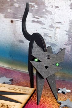 lucky, laser cut, plywood flat-pack cat by kARANdAVE, ArtsandCraft Studios, mawgan porth. www.karandave.co.uk