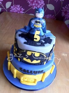 Batman Cake for Nathan, yeah Mommy?