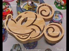 Christmas Crafts For Gifts, Craft Gifts, Laser Cutter Ideas, Wooden Words, Decoration Originale, Blue Life, Scroll Saw, Wood Toys, Easter Baskets