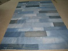 I like this denim quilt.... tutorial