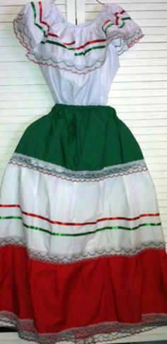Womens One Size Fits Most Top Skirt Set Mexican Folklorico Fiesta Dance New | eBay