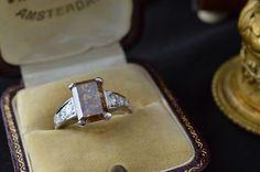 Catawiki Online-Auktionshaus: Exclusiver Platin-Ring mit einem Champagne Diamant und Brillanten Cufflinks, Accessories, Auction, Ring, Wedding Cufflinks, Ornament